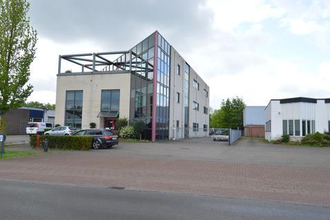 De Smalle Zijde 12 in Veenendaal 3903 LP