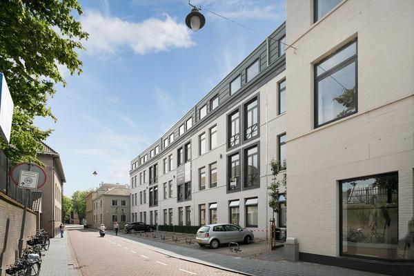 Lange Putstraat 45 in 'S-Hertogenbosch 5211 KN