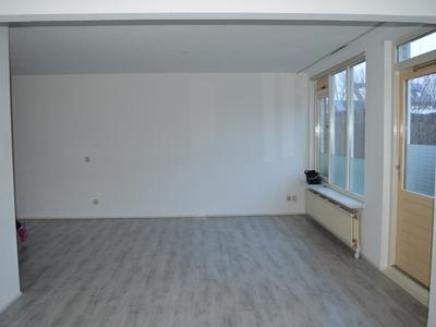 Dr. J.M. Den Uylstraat 14 in Gorinchem 4207 NK