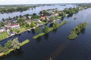 Baambrugse Zuwe 134 in Vinkeveen 3645 AL