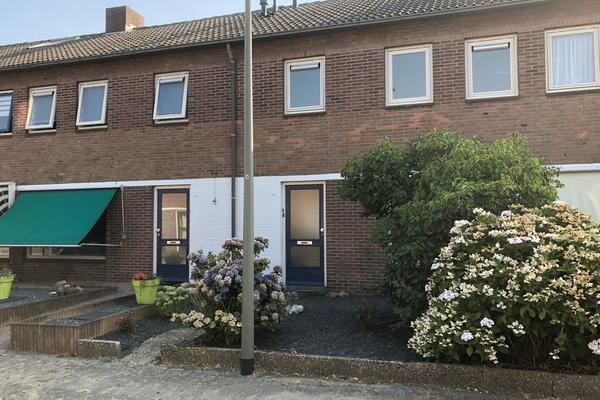 Burg. V.D. Sijpstraat 17 in Herpen 5373 BH