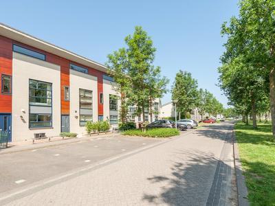 Suze Robertsonstraat 26 in Almere 1318 LZ