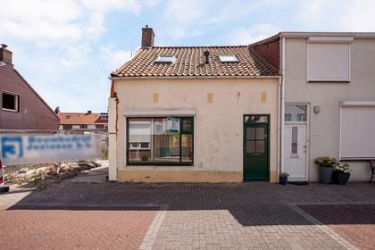 Oude Kerkstraat 12 in Hansweert 4417 AV