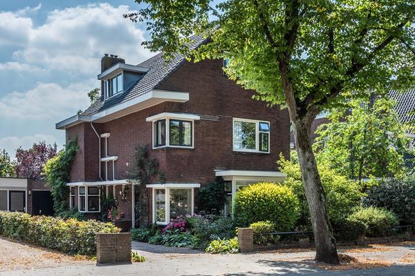 Oranjestraat 99 in Ridderkerk 2983 HN