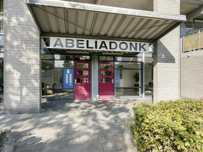Abeliadonk 1 in Roosendaal 4707 EZ