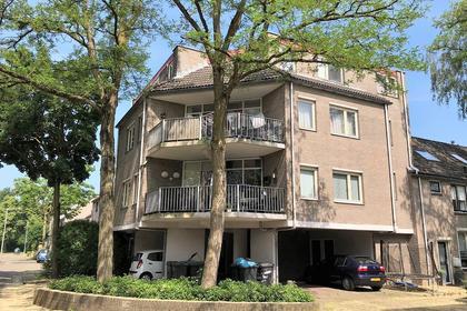 Hoedekenskerkestraat 28 in Arnhem 6845 AR