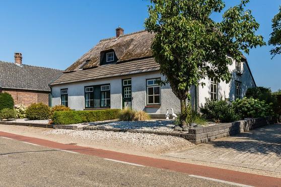 Bronkhorstweg 5 in Velp 5363 TW