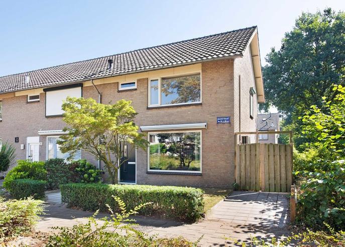 Basstraat 36 in Helmond 5702 SH