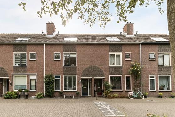 Douwe Brouwerweg 81 in Enkhuizen 1602 MK