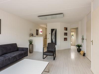 Boutershof 32 in Hendrik-Ido-Ambacht 3342 GX