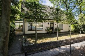 Binnenpad 16 in Halsteren 4661 HD