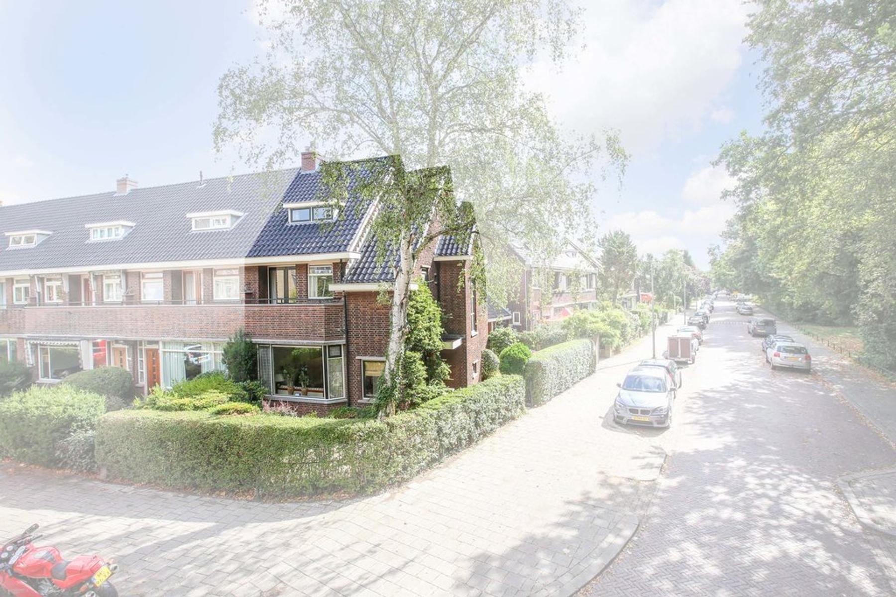 Julianalaan 56 in Schiedam 3116 JS