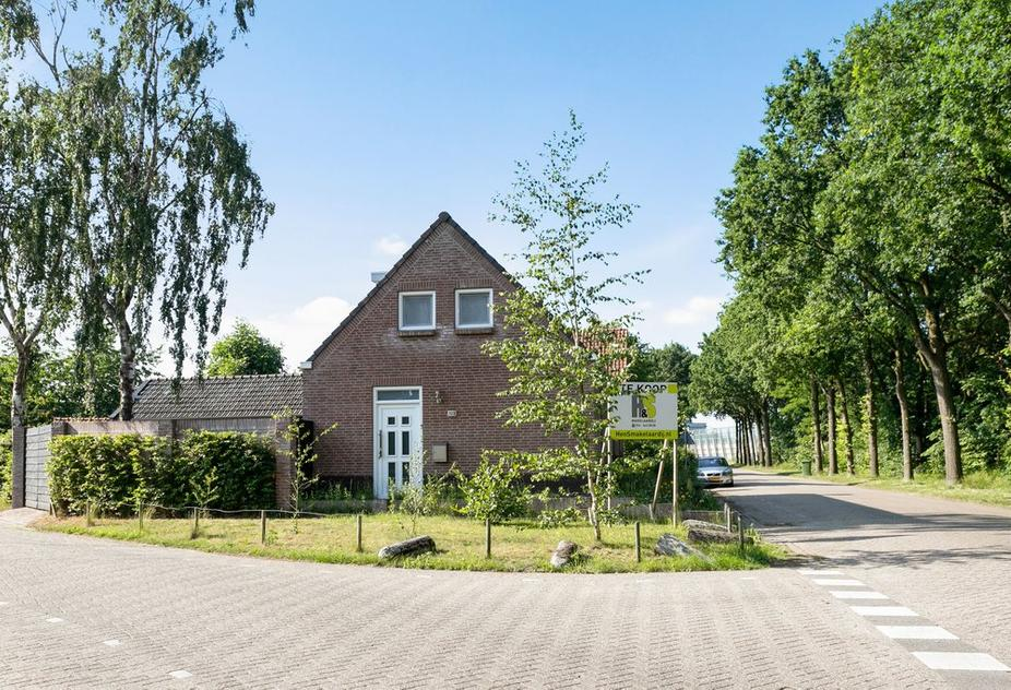 Beeksestraat 123 in Prinsenbeek 4841 GZ