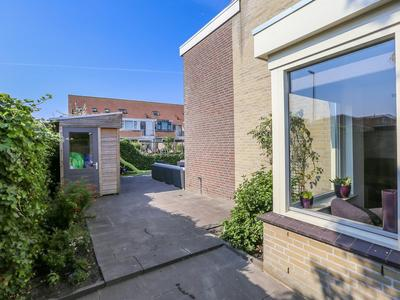 Veldpad 82 in Schiedam 3124 VM