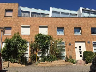 Han Hoekstrahof 93 in Hoorn 1628 WS
