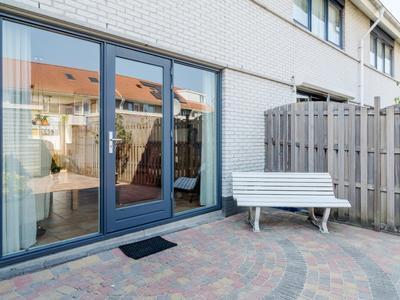 Monethof 43 in Hoorn 1628 XB