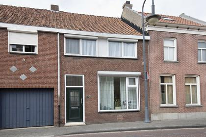 Hoogstraat 7 in Klundert 4791 AN