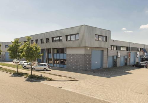 Veenderveld 54 in Roelofarendsveen 2371 TW