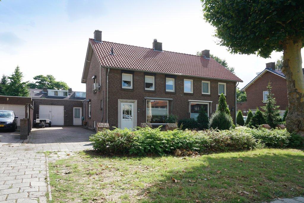 Slaapkamer Meubels Waalwijk : Thorbeckelaan 25 in waalwijk 5142 ce: woonhuis te koop. van de