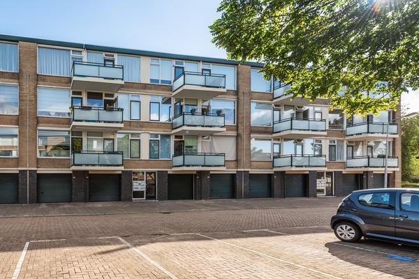 Van Anrooystraat 315 in Ridderkerk 2983 VJ