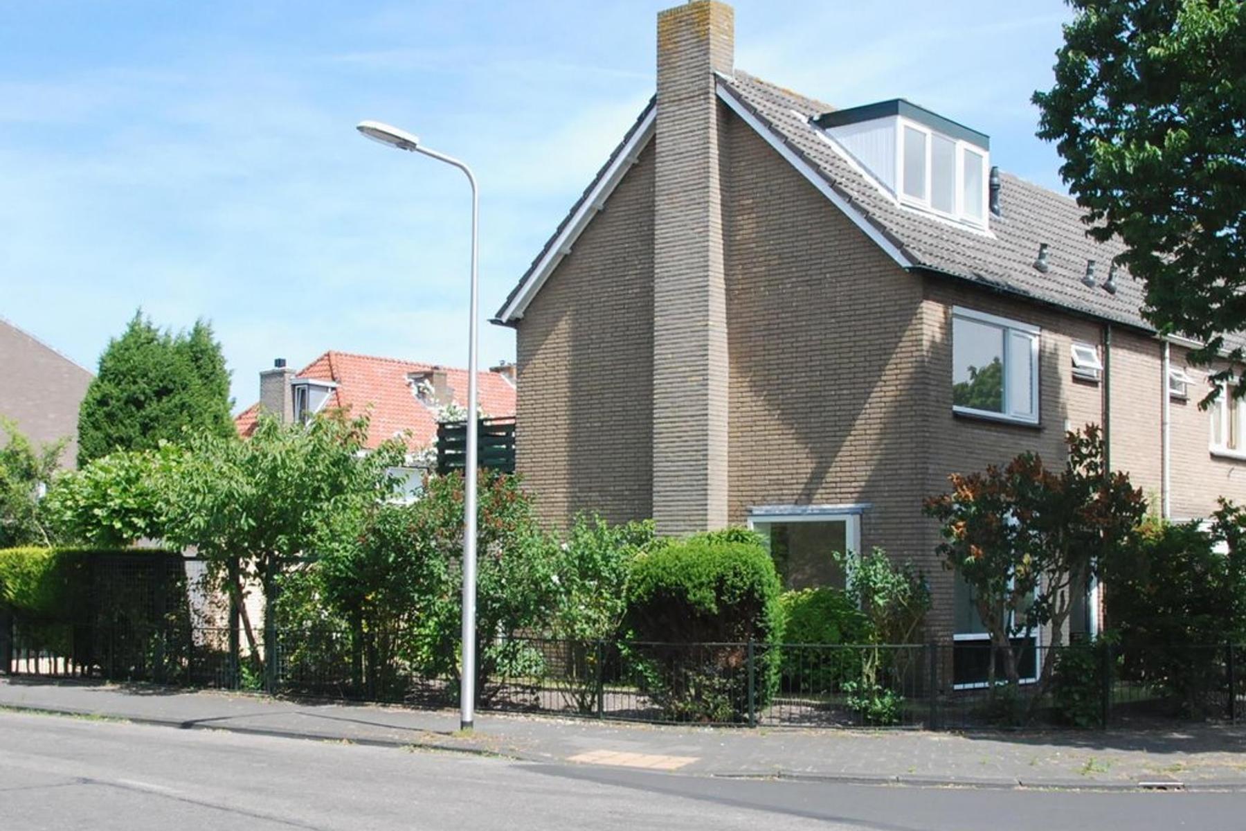 Rozeveldlaan 1 in Wassenaar 2241 NR