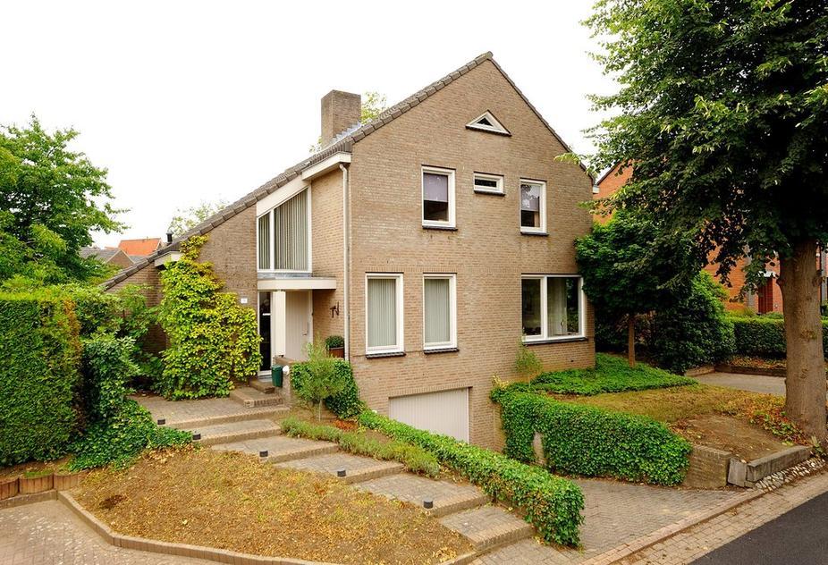 Waterloostraat 11 in Steyl 5935 BE