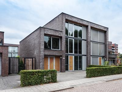 Nic. Beetslaan 64 in Ridderkerk 2985 VH