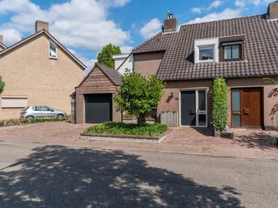 De Geelgors 45 in Sint-Michielsgestel 5271 LC