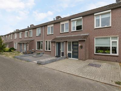 Hofstedenlaan 11 in 'S-Hertogenbosch 5235 CL