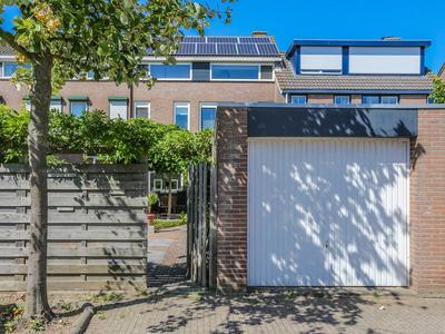 Ebstroom 86 in Hellevoetsluis 3224 CG