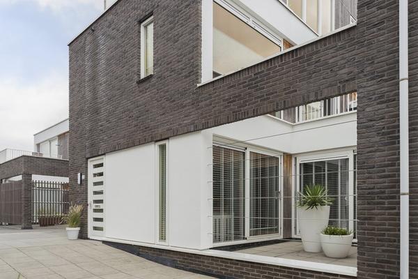 Beurtvaartstraat 35 in Apeldoorn 7311 MS