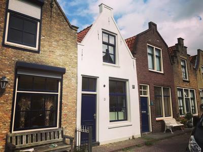 Schuttershofstraat 16 in Zierikzee 4301 BA