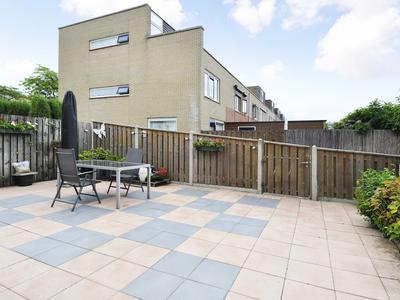 Strijplaan 305 in Rijswijk 2285 GL