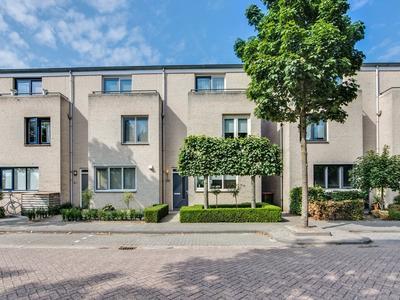 Veenakker 26 in Prinsenbeek 4841 NL