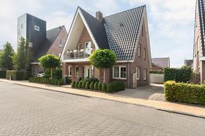 Nienke Van Hichtumweg 40 in Heerenveen 8448 SG
