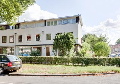 Postelse Hoeflaan 18 in Tilburg 5042 KG