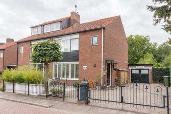 Vuntuslaan 34 in Loosdrecht 1231 NS