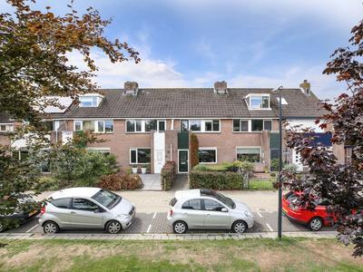 Galjoot 11 in Schiedam 3123 BE