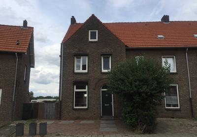 Bilderdijkstraat 25 in Heerlen 6416 VL