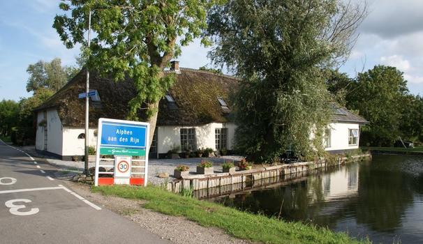 Landlustweg 21 in Alphen Aan Den Rijn 2401 LR