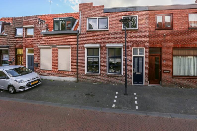 Maarten Trompstraat 23 in Bergen Op Zoom 4625 EC