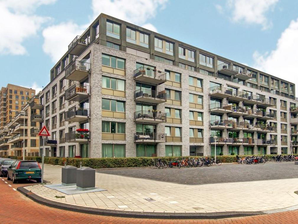 Saskia Van Uijlenburgkade 154 in Amsterdam 1058 GA
