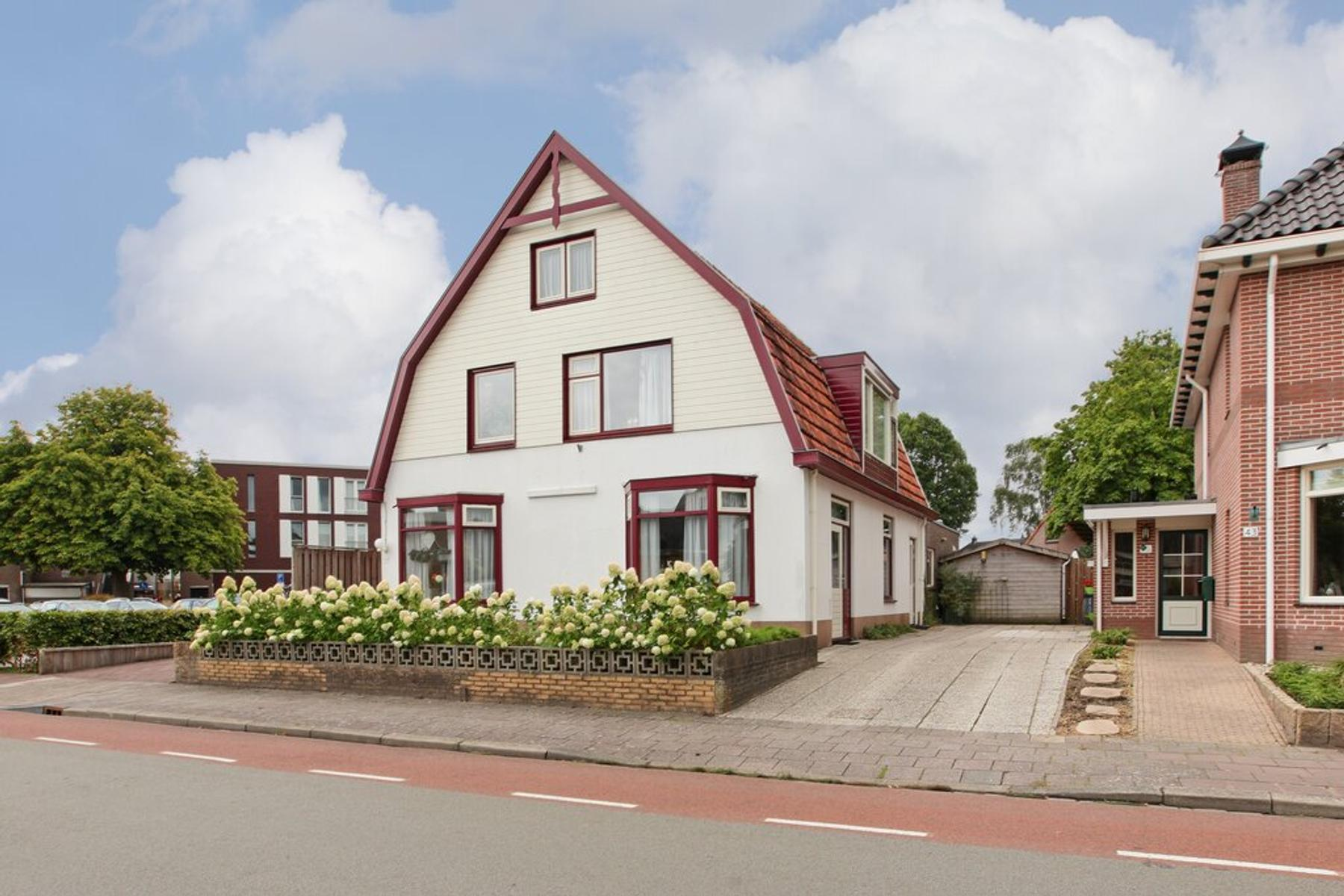 Dokter Holtropstraat 37 in Ermelo 3851 JG