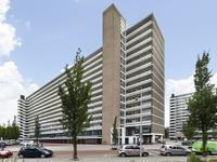 Burgemeester Hogguerstraat 711 in Amsterdam 1064 EA