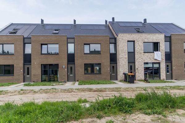 Knotwilg 6 in Kampen 8266 LK