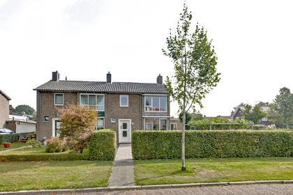 Azaleastraat 2 in Heerenveen 8441 DK