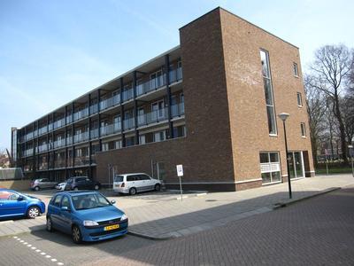 Vicarielaan 74 in IJsselstein 3401 AV