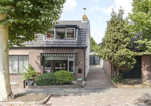 Dorpstraat 14 in Nieuw-Vennep 2152 BB