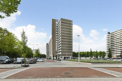 Burgemeester Hogguerstraat 635 in Amsterdam 1064 CX