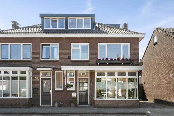 Zuiderstraat 26 in Enschede 7543 TB